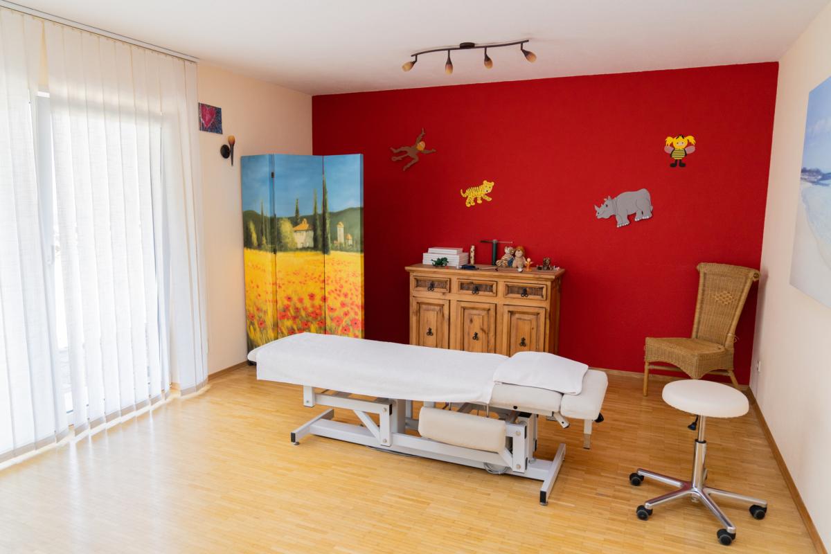 Osteopathie Becker Kraichgau Behandlungsraum1
